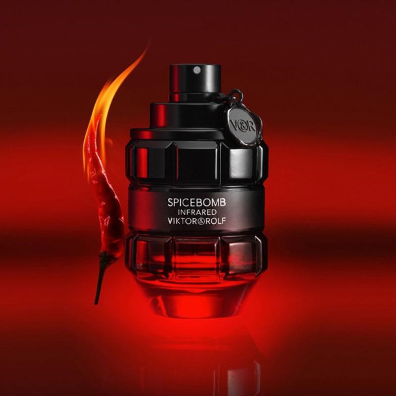 Viktor&Rolf Spicebomb Infrared Eau de Toilette Advertising