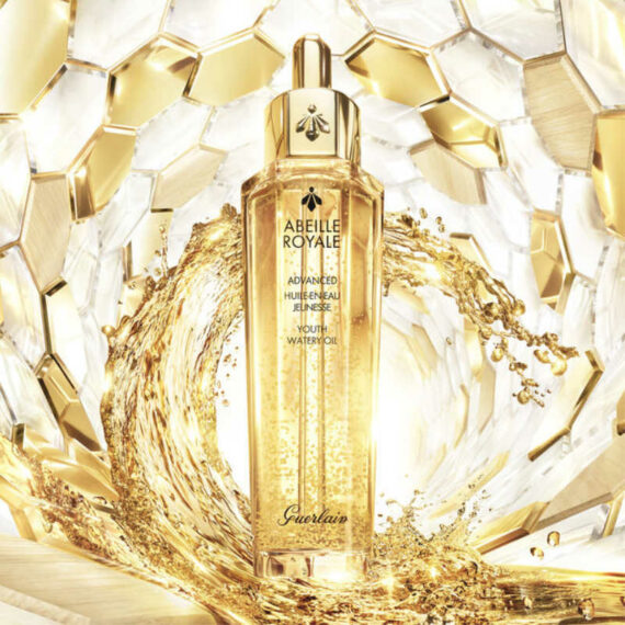 Abeille Royale Advanced Youth Watery Oil 3